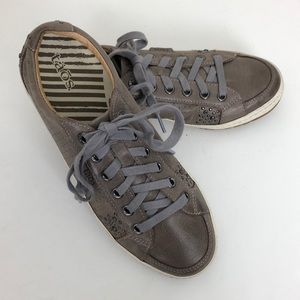 Taos Freedom Gray Leather Sneakers